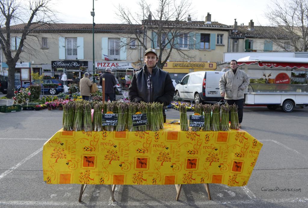 Asparagus Vendor Sénas Market