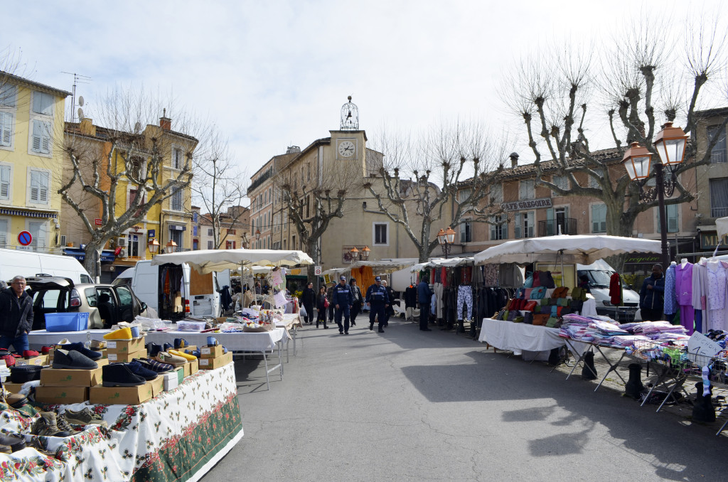 apt market provence