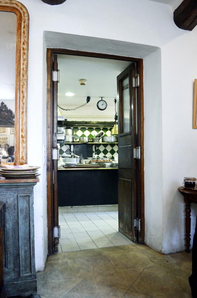 cuisine petit maison du cucuron provence
