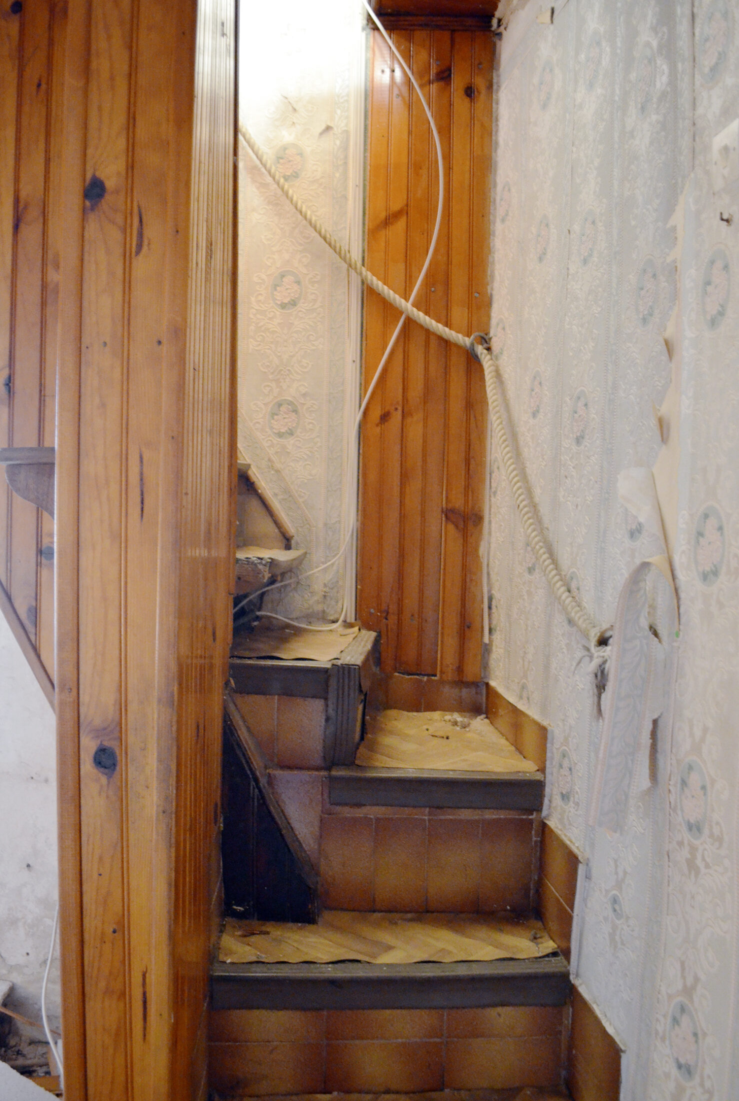 The Original Staircase. Renovation Provence