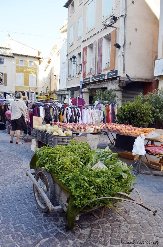 isle sur la sorgue market