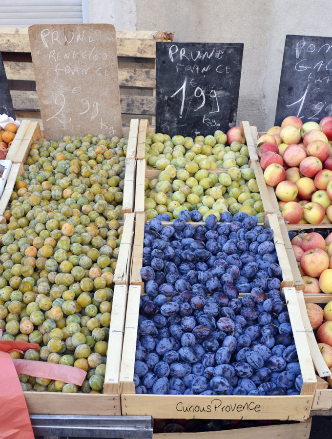 fruit stand provence