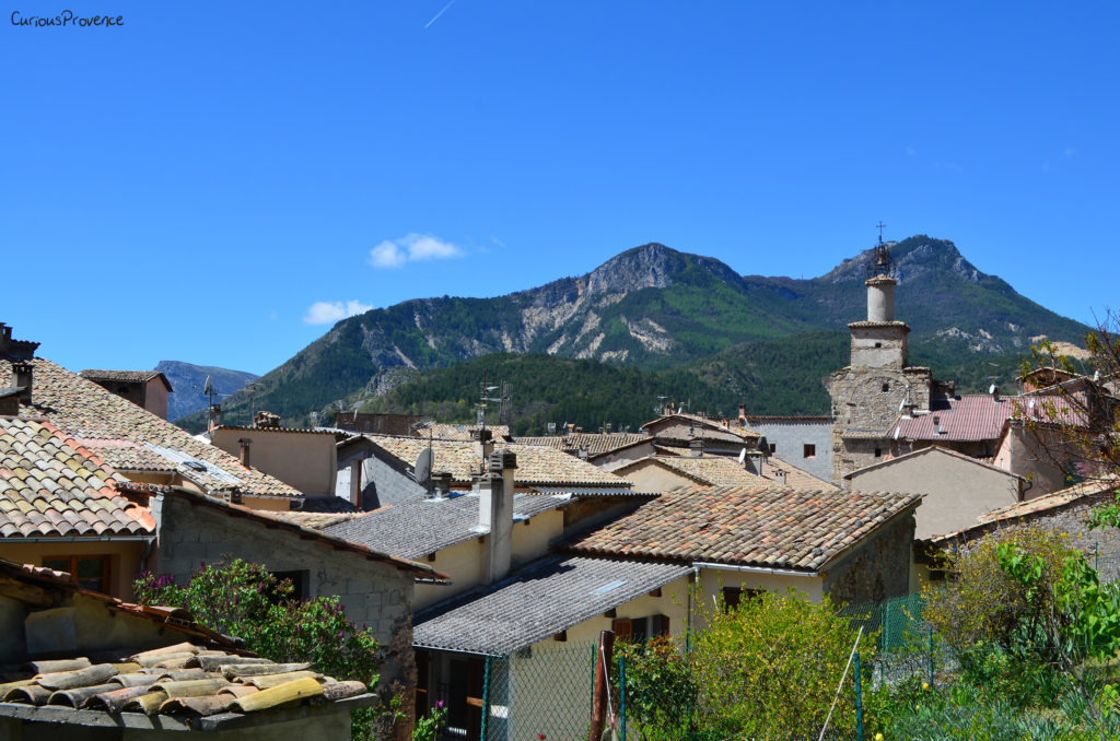 rooftops of castellane