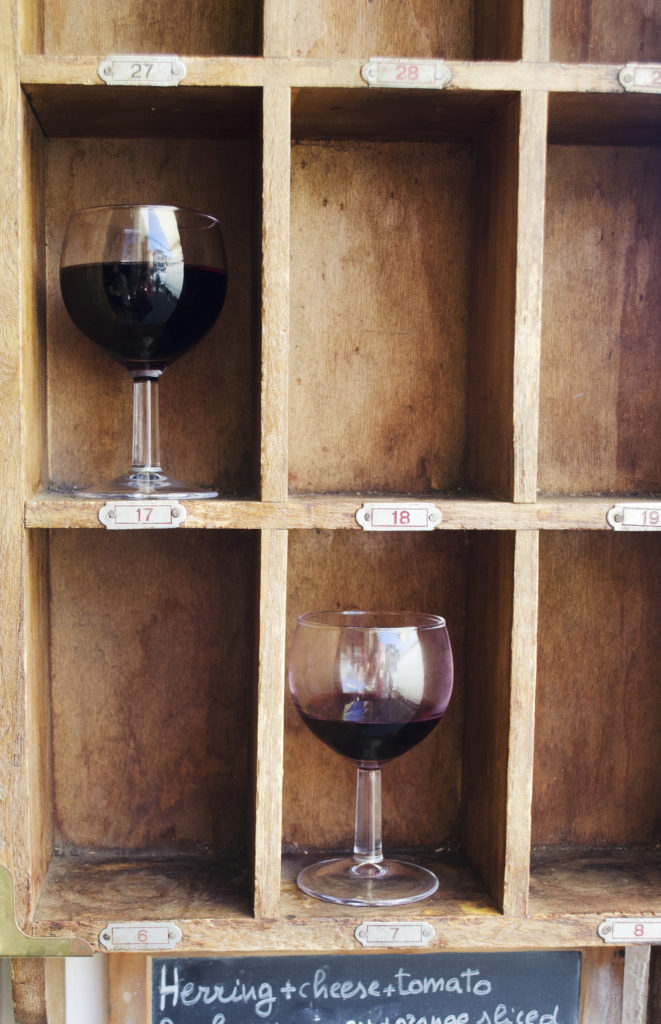 wine glass cubby