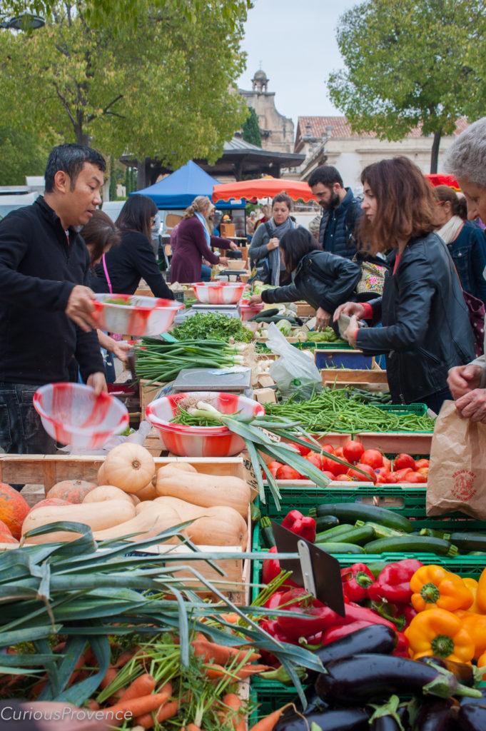arles market provence