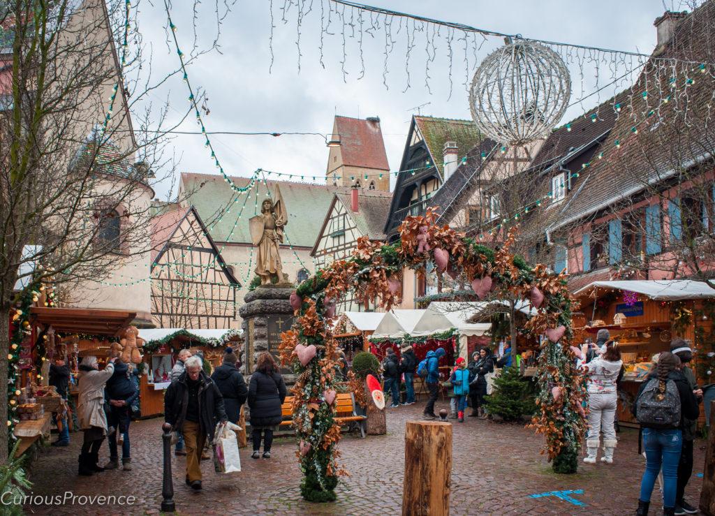 eguisheim market curious provence