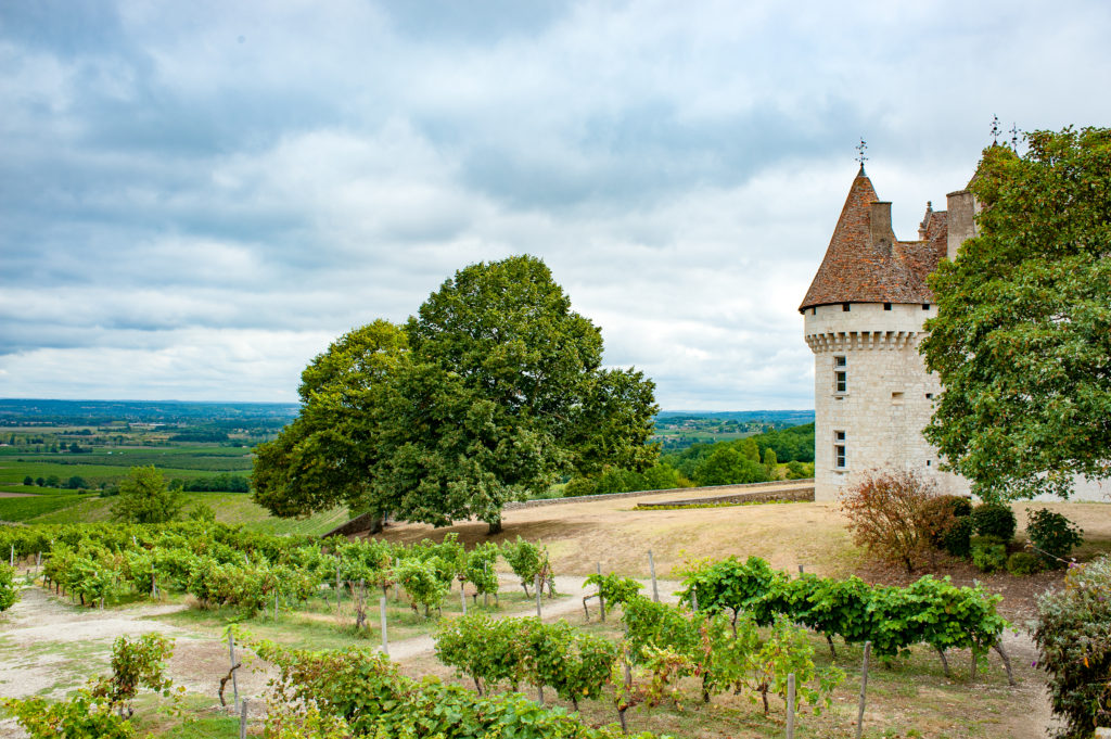 chateau Monbazillac by curious provence