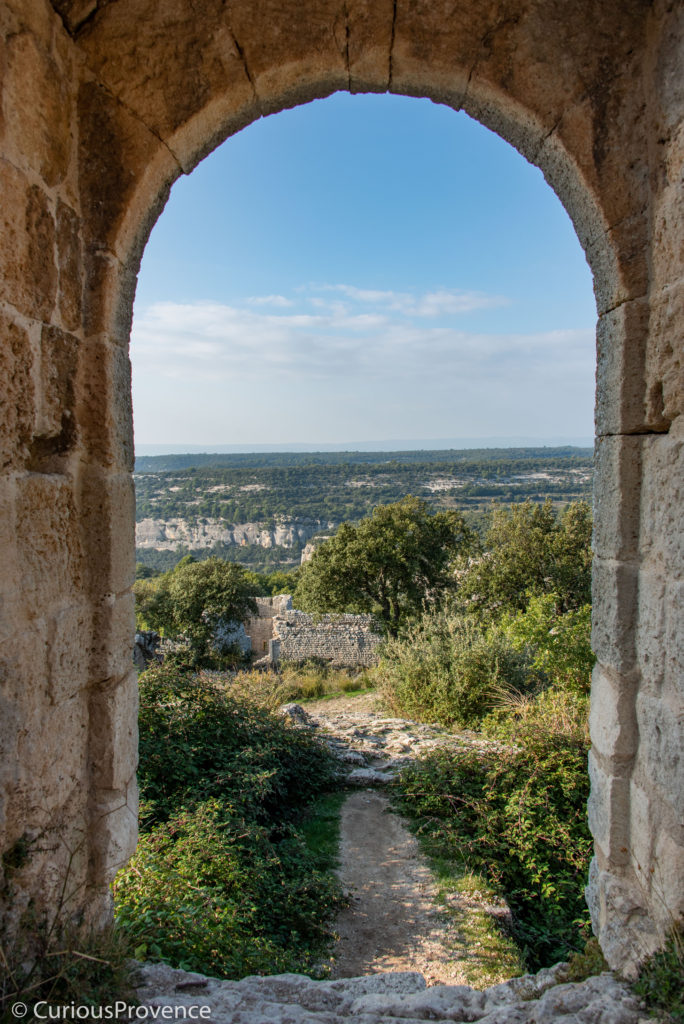 fort buoux curiousprovence